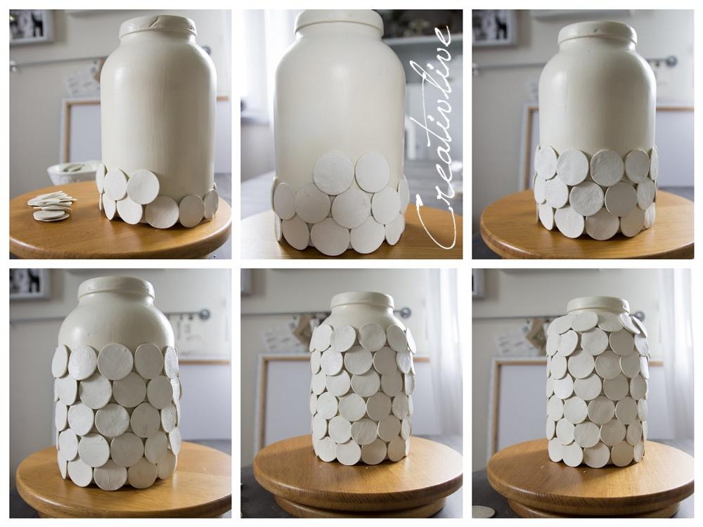 Zum Bekleben Habe Ich Die Vase Auf Ein Drehtablett Gestellt, So Konnte Ich  Reibungslos Arbeiten Und Kam Mir Fast Wie Beim Töpfern Vor!