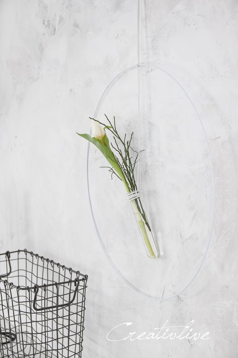Anneau de fil avec tulipe