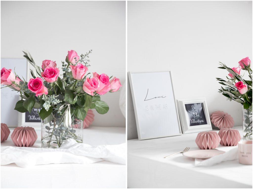 Rosa Plissees und Rosen